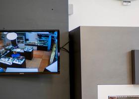IP-камера Optimus IP-E021.3 и монитор видеонаблюдения
