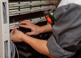 Монтаж и настройка <br /> сетевого оборудования. <br />Коммутационная стойка.