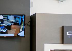 IP-камера Optimus IP-E021.3 и монитор видеонаблюдения (3)